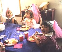 Princess party.JPG (11332 bytes)